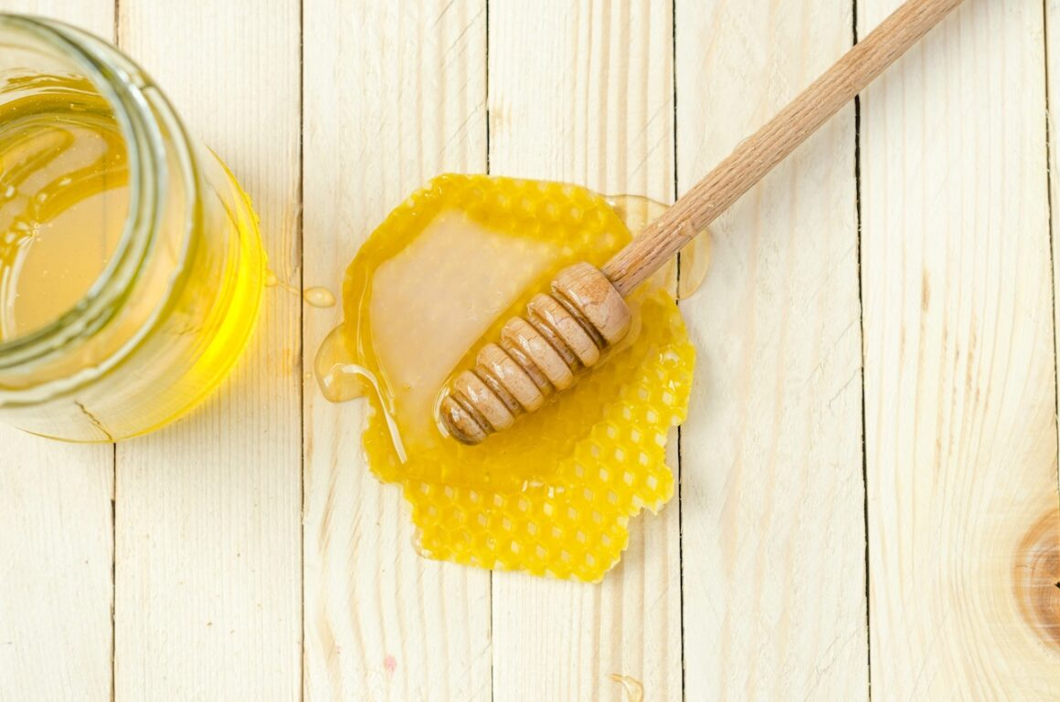 How To Make Your Own CBD Infused Honey